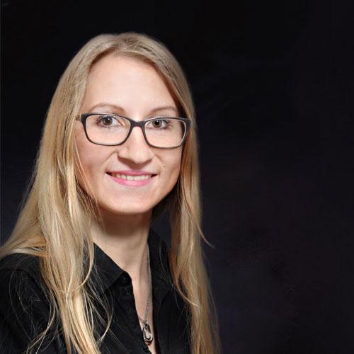 Luisa Sechting - Sales